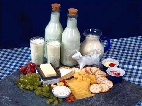 مصرف لبنیات کمچرب، خطر چاقی را افزایش میدهد!