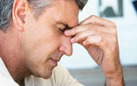 سینوزیت سر درد مرد