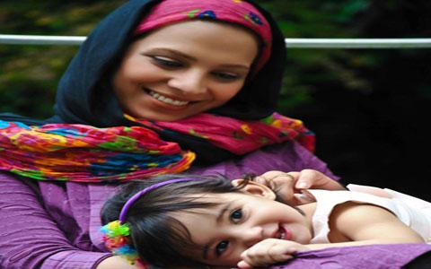روشنک عجمیان در کنار دختر و همسرش+عکس