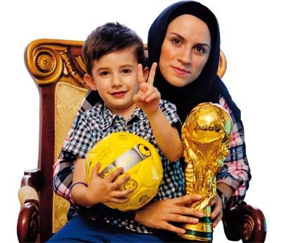 مصائب فوتبالیست بودن و مادر بودن! +عکس