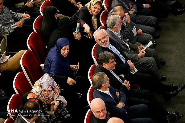 همسر و دختر دکتر ظریف در ارکستر ملی ایران + عکس