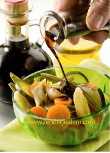 خواص سرکه بالزامیک( Balsamic vinegar) چیست؟