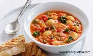 طرز تهیه سوپ گوجه فرنگی ایتالیایی