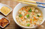 طرز تهیه سوپ مرغ با نودل