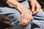 چگونه با بیماری پارکینسون مقابله کنیم؟