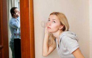 شک بی مورد به همسر