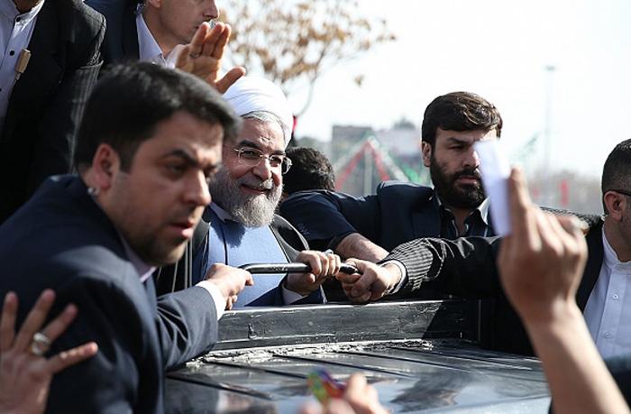 شعار و شعور / وعدههای انتخاباتی روحانی با مطالباتی نسبتاً شفاف و قابل ارزیابی