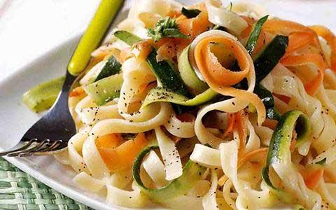 طرز تهیه فوتوچینی با سبزیجات