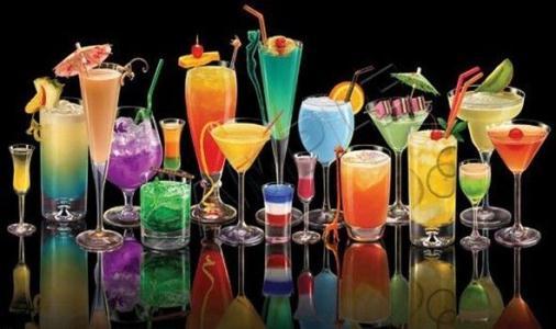 با خوردن این نوشیدنی، به سرطان سینه نزدیکتر می شوید