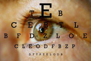 معاینه چشم